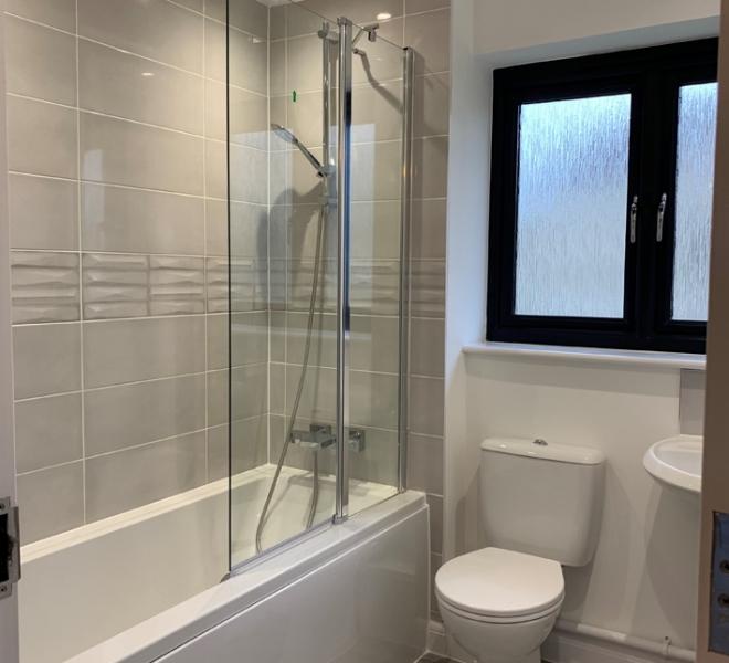 Summerland bathroom_sml