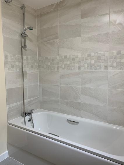 3 bed bathroom web